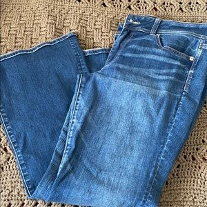 American Eagle Outfitters Jeans - American eagle kick boot jeans
